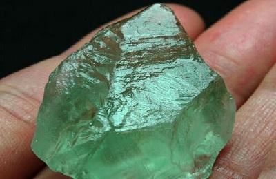 Зелений аметист камінь властивості