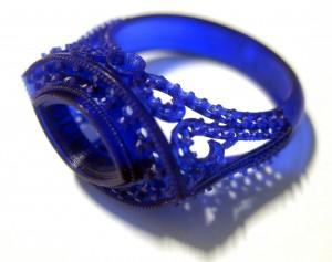 Кольцо из сапфира тонкой работы