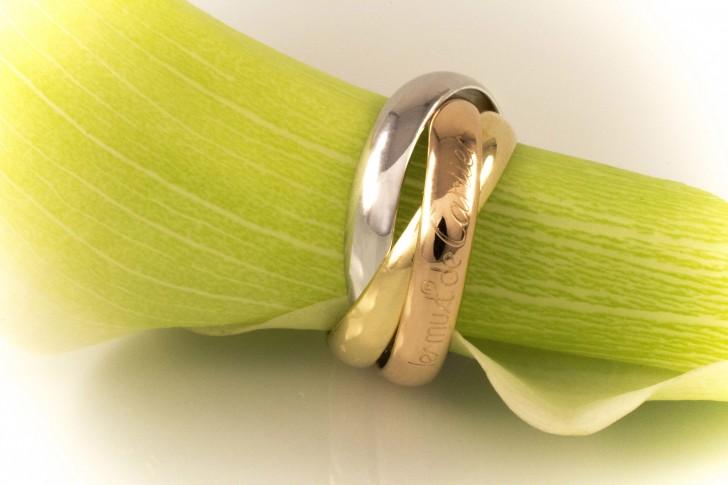 Trinity de Cartier кольцо