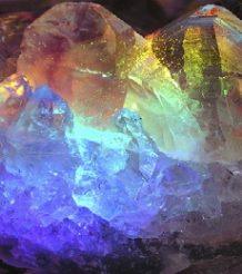 Радужный кварц