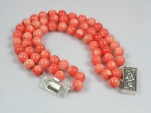 bf62159555-ukrasheniya-braslet-rozovyj-korall