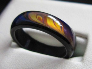 genuine_agate_mood_ring1