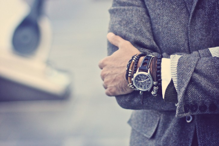 фото браслет мужской на руку