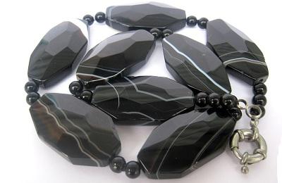 Черный агат