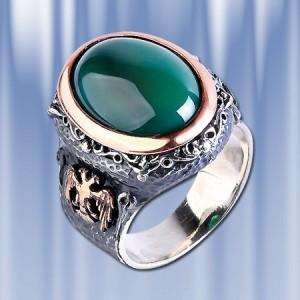 Мужское кольцо с хризопазом
